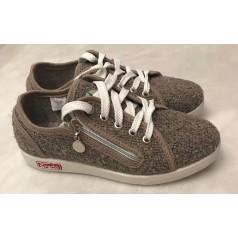 Жіноче взуття 5-401