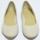 Жіночі туфлі-балетки світлі